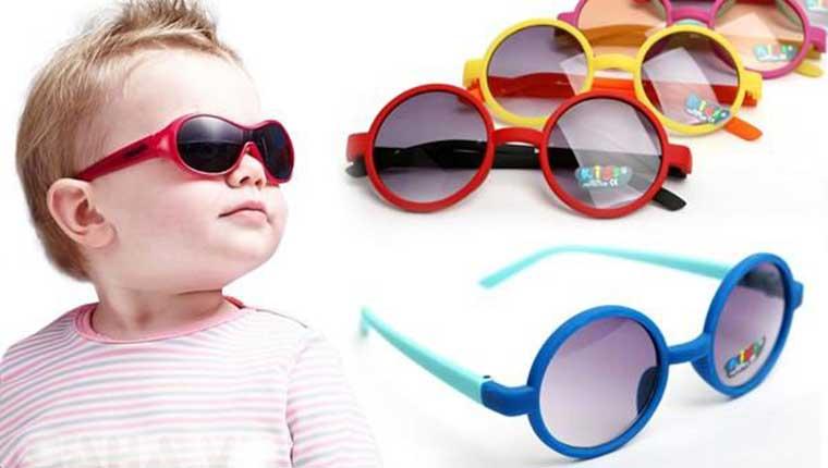 Chọn mua kính râm cho trẻ