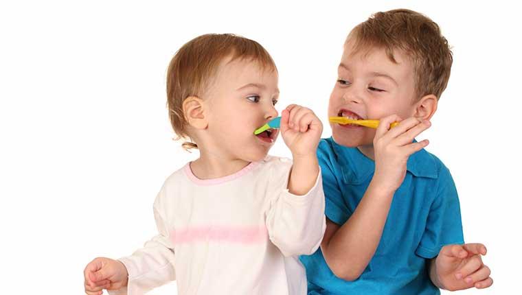 Chọn mua bàn chải đánh răng