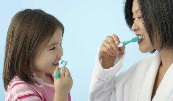 Kem đánh răng cho trẻ