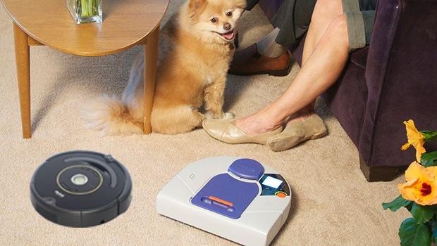 Máy hút bụi Neato và Roomba đều tự hào về kiểu dáng đẹp và hiện đại của mình