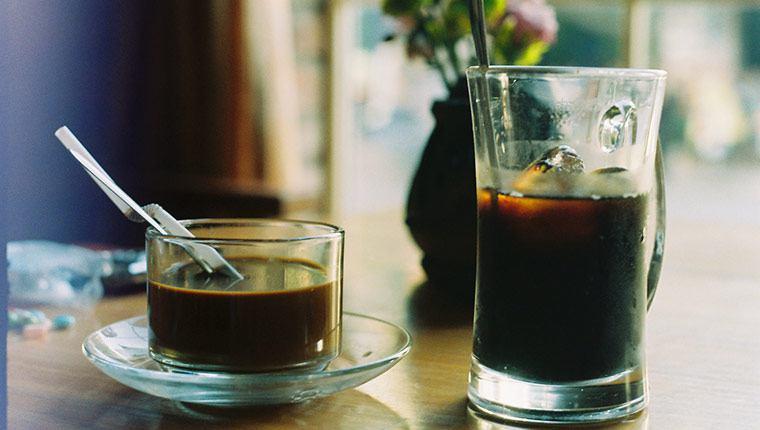 Cà phê uống mạt lạnh