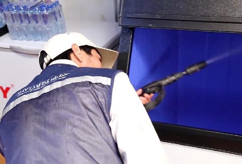 Nhân viên kỹ thuật Hải Âu giàu kinh nghiệm