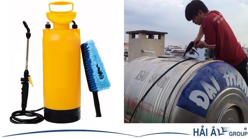 Thiết bị chuyên dụng vệ sinh bồn nước inox