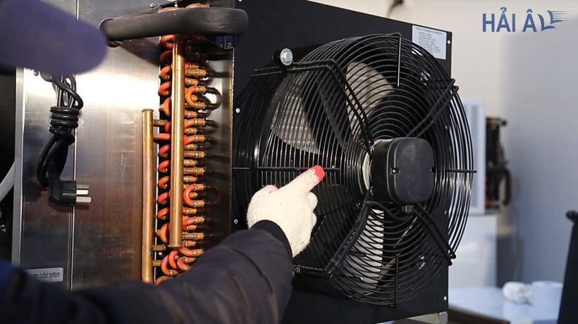 Dàn nóng và quạt tản nhiệt