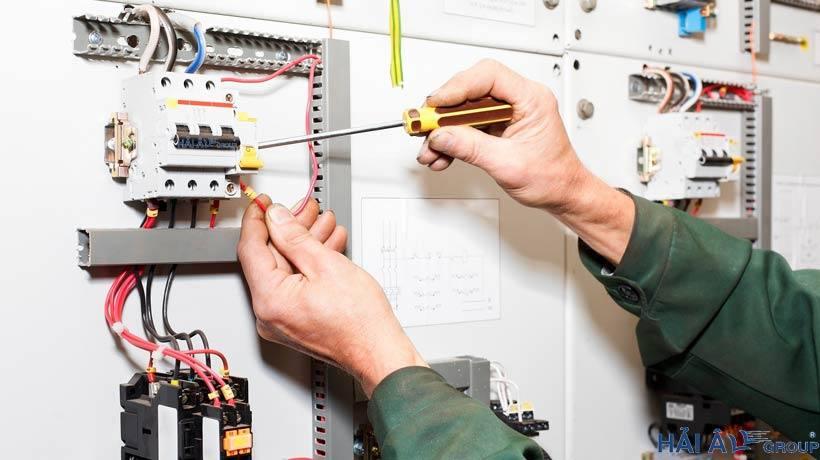 Lắp đặt Aptomat cho hệ thống điện