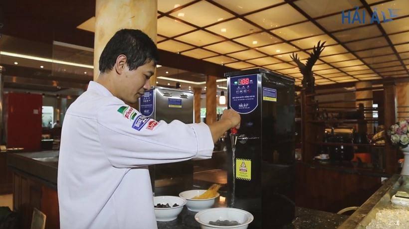 Sử dụng máy đun nước nóng tại nhà hàng