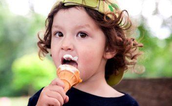 Có nên đầu tư kinh doanh kem tươi trước mùa hè?