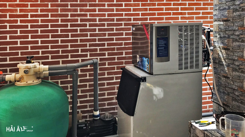 giá máy làm đá lạnh tại Hồ Chí Minh
